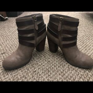 🍂The Perfect Boots for Fall!🍂